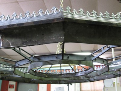 Restoration of Orford Congressional Church Chandelier Nearing Completion