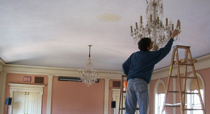 New Haven Museum Vintage Bohemian Crystal Chandeliers Removed for Restoration