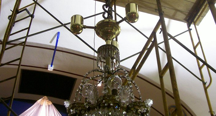 Holy Trinity Orthodox Church Crystal Chandelier Restoration