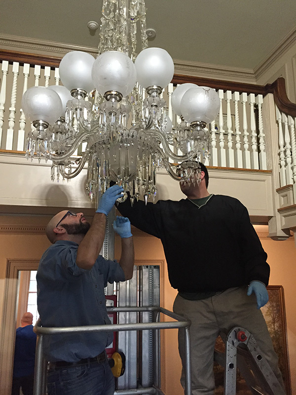 Minute-Man-National-Historical-Park-Chandelier-Cleaning-2