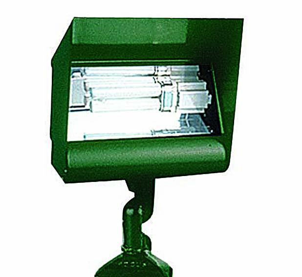 Floodlight W/ Hood Extension 6.1″ Fluorescent Cast