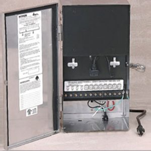600 Watt Landscape Lighting Transformer with Timer and Remote Photo Cell