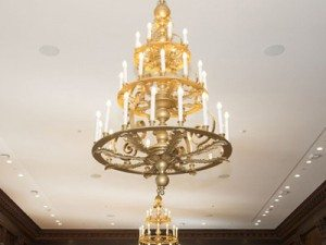 """Extra Large Traditional Chandeliers - 43"""" & Above"""
