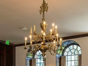 """Large Traditional Chandeliers - 27"""" to 42"""""""