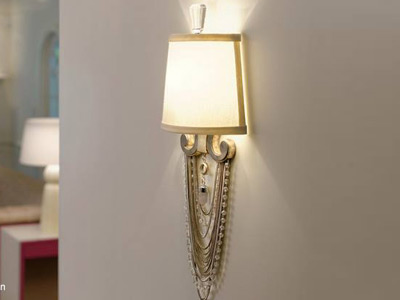 "Medium Transitional Wall Sconces - 9"" to 14"" W"