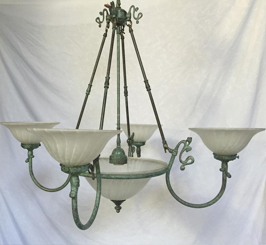 Saint paul 5 light large vintage chandelier grand light large vintage chandelier facebook share arubaitofo Image collections