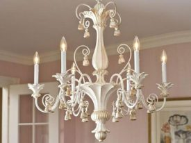 "Medium Wood & Iron Chandeliers - 17"" to 23"""